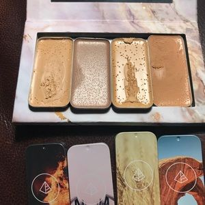 Maskcara Beauty quad with 3 highlights & 1 contour